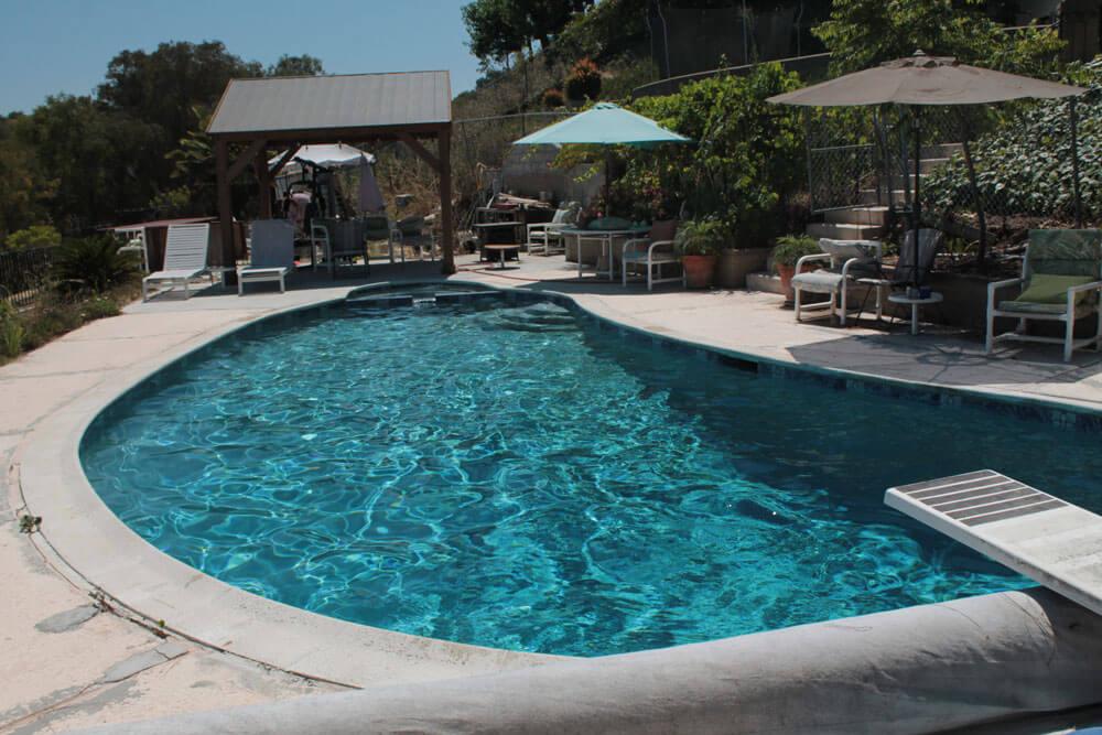 Freeform-Diving-Pool-After-Renovation