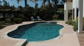 Freeform Diving Pool